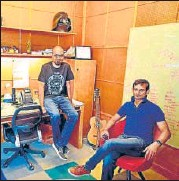 ?? MINT ?? Delhivery co-founder Sahil Barua (left) with managing director Sandeep Barasia (right).