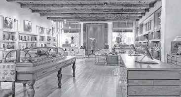 ?? Fran Brennan Photograph­y of Houston ?? The interior design of Lucchese, 4051 Westheimer Road, was recently recognized with a John Staub award by the Institute of Classical Architectu­re and Art.