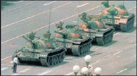 ?? AP/FILE ?? In this iconic June 5, 1989 photo, a man is seen standing in front of tanks at Tiananmen Square.