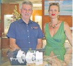 ??  ?? Feed The Little Children treasurer Mal Jarvie with The Courthouse Collection owner and jeweller Bridget Liddell.