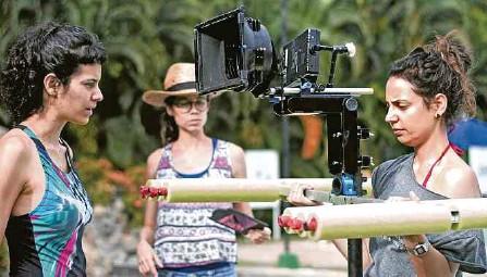 ??  ?? La película es una producción de Contravía Films, en coproducción con Guazú Media, Natalia Imery Almario y Oh My Gómez Films.