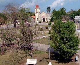??  ?? Parque principal de Nueva Gerona, se inauguró a comienzos de la República como Plaza de Armas o Isabel Segunda.