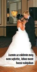 ??  ?? Jazmin az esküvőn még nem sejtette, kihez ment hozzá valójában