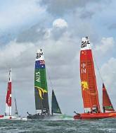 ??  ?? Les catamarans, qui peuvent atteindre plus de 50 noeuds de vitesse, valent 4 millions.