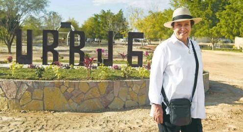 ?? CORTESÍA PRESIDENCIA ?? Raquel Sosa en la inauguración de la universidad en Zinacatepec, Puebla, en enero de 2021
