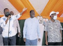 ?? /SOLOMON MUINGI ?? Mombasa Governor Hassan Joho, ODM leader Raila Odinga and Taita Taveta Governor Granton Samboja at a rally in Chakareli, Mwatate, on Thursday