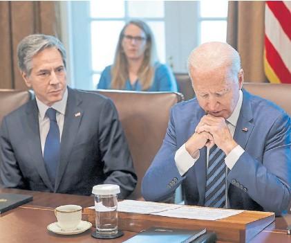??  ?? Cautela. Secretario de Estado Antony Blinken y presidente de los Estados Unidos, Joe Biden