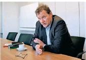 ?? FOTO: MOLL ?? Sozialdezernent Thomas Neuhaus ist Leiter des CoronaKrisenstabs.