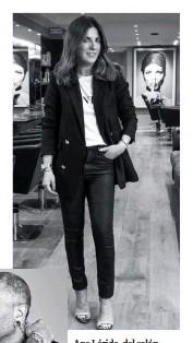 ??  ?? Ana Lérida, del salón Anara (Tel. 93 201 51 37, Barcelona), y Crisanto Blanco (izda.), peluqueros con una larga trayectoria profesional, confían en INOA para obtener exclusivos resultados con la coloración más revolucionaria.