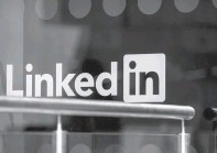 """?? JASON ALDEN/BLOOMBERG NEWS ?? LinkedIn is introducing job titles for parents and adding a field for employment gaps including """"parental leave"""" and """"family care."""""""