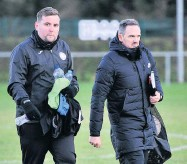 ??  ?? Ready to rumble Swifts boss Ross Gunnion (right)