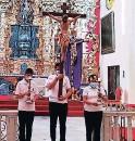 ?? FOTO: EL HERALDO ?? En los templos los altares se visten de color morado.
