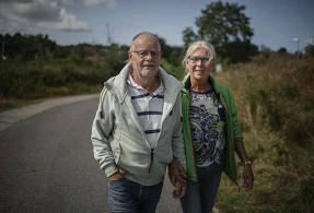 ??  ?? Bo Johanssons fru, Kirsti Kverum, har varit vid sin mans sida genom hela vårdförloppet och följt med på behandlingarna i Finland.