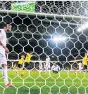 ?? Bild: Nils Petter Nilsson ?? Vinst på väg till VM. Sverige besegrade Spanien i Vm-kvalet och har fortfarande en bra chans att kvala in till turneringen i Qatar.