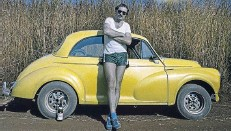 ??  ?? MELLOW YELLOW The photographer and his Morris Minor.