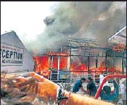 ?? ANI ?? Fire breaks out at Mata Vaishno Devi shrine, Katra, on Tuesday.