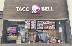 ??  ?? Inauguración. Taco Bell ha abierto una sucursal más, está ubicada en el food court de Plaza Mundo Apopa.