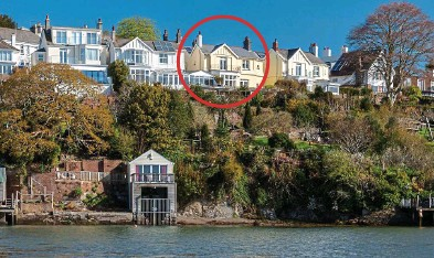 ??  ?? Delightful: Stanningfield on the River Tamar, Saltash, is up for £900,000 with struttandparker.com
