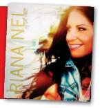 ??  ?? HOOFFOTO: RianRiana Nel is reeds weer aan die musiek skskryf nadat haar nuwe aalbumbum pas uitgereik is. REGS: Op Jy Sal Weet sing Riana ooor alles wat haar na aan die hart lê: moedemoederskap,skap, huweliksgehuweliksgeluk en haar geloofserva-geloofser...