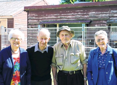 ?? PHOTO: SANDY EGGLESTON ?? Good old days . . . Former Gore High School pupils Dorothy Dodds, Ron Hargest, Wattie Gee and Barbara McRae took the chance for a final look at the buildings in Richmond St where they spent their school days.