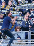 ?? FOTO: ARCHIV/TINO ZIPPEL ?? Die Ultrafans des FC Carl Zeiss wollen möglichst schnell ins Stadion zurückkehren.