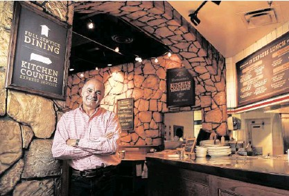 """?? Karen Warren / Houston Chronicle ?? John Gilbert, CEO of Romano's Macaroni Grill, says of the chain's changes, """"The bigger risk is not doing anything."""""""