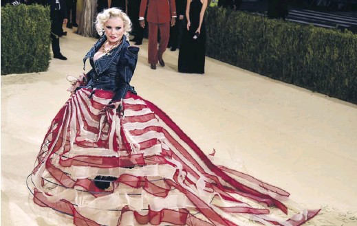 ?? PHOTOGRAPH: STEPHEN LOVEKIN/ REX/SHUTTERSTOCK ?? Music legend Debbie Harry takes the 'American independence' theme of this year's Met Gala to heart