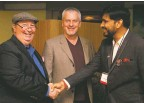 ??  ?? Santa Fe Council on International Relations board member Ned Jacobs (left), Multimedia Consultant for the Santa Fe New Mexican Chris Alexander (center), and journalist Virendra Kumar Tiwari from India.