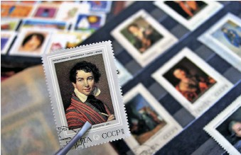 ??  ?? ABOVE: As a starting point, you could concentrate on stamps from particular countries