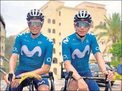 ??  ?? Enric Mas y Miguel Ángel López posan antes de salir a rodar durante el día de descanso de La Vuelta.