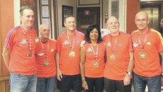 ??  ?? From left, Mally Sweetlove, Dave Fox, Geoff Cromack, Melanie Padgham, Harry Forkin and Ralph Broadley, who all ran in Lisbon