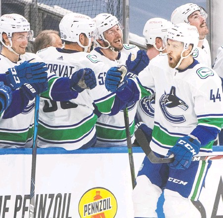?? JASON FRANSON/THE CANADIAN PRESS/FILES ?? Canucks' Tyler Graovac celebrates a goal against the Oilers during the second period in Edmonton last Thursday. The 28-year-old has 13 points (11-2) in 77 career NHL games with Minnesota, Washington and Vancouver.