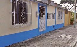 ??  ?? kEn una ciudadela al sur de Guayaquil reside el carpintero Néstor Medina.