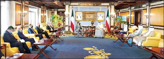 ?? KUNA photo ?? His Highness the Prime Minister received the President of the Iraqi Council of Representatives.