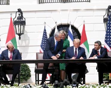 ??  ?? הווטו הפלשתיני נשבר. חתימת הסכמי השלום והנורמליזציה עם איחוד האמירויות ובחריין