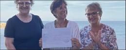 ??  ?? Un chèque de  euros a été remis à Sophie pour son projet autour du citron de Menton.