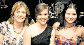 ??  ?? Celebrating their best new business award are Ministry of Movement's (from left) Dianne Steffens, Nicole Steffens and Jazzmin Muller.