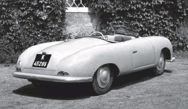 ??  ?? Below right: When it was initially constructed the 356 roadster had a one-piece rear decklid covering both the engine and the spare wheel. Bumpers were at the lower periphery of the body at front and rear