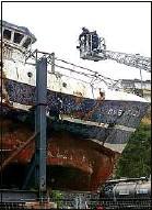 ??  ?? L'épave du chalutier breton, coulé au large des eaux anglaises en 2004.