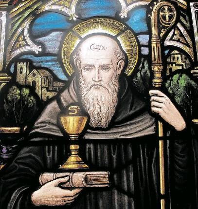 ?? Svatý Benedikt (470–543) se po několika letech samoty vrátil mezi lidi, aby v roce 529 založil klášter. FOTO PROFIMEDIA ?? Místní zakořeněnost.