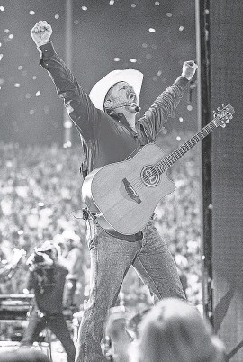 ?? PROVIDED BY 8 TEN, INC. ?? Garth Brooks, performing at a concert in Eugene, Ore., in 2019, relaunched his stadium tour July 10 in Las Vegas after a pandemic delay.