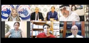 ??  ?? دبلوماسيون سابقون واقتصاديون و`علاميون خلال لقا] نظم^ منتدg الفكر العربي