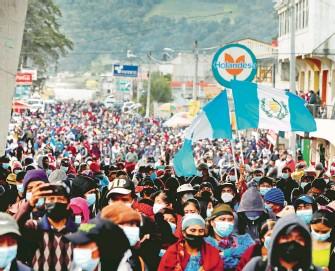 ?? EFE ?? La movilización en Totonicapán bloqueó la carretera Interamericana