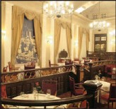 ??  ?? The Royal Grill restaurant in all its splendour, serving royalty on many right royal occasions.