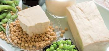 ??  ?? Pour en savoir plus sur le soya, venez assister à la conférence d'Anne-Marie Roy àl'Expo Manger Santé et Vivre Vert le 22 mars à 12 h 30 au Palais des congrès de Montréal.