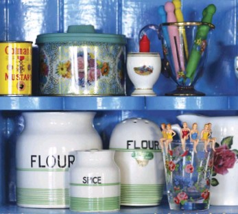 """??  ?? """"I HAVE MOST OF MY TIN COLLECTION in the kitchen and my vintage scale collection also,"""" says Sarah. """"I have quite a few collections!"""""""