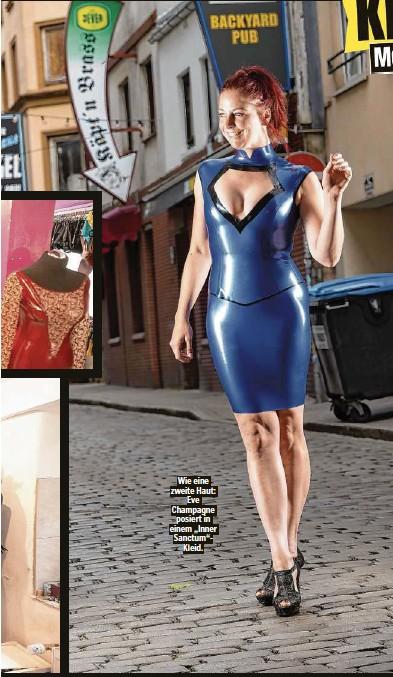 """??  ?? Wie eine zweite Haut: Eve Champagne posiert in einem """"Inner Sanctum""""Kleid."""