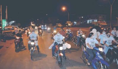 ??  ?? Las motocicletas formaron parte de la concurrida caravana por la paz, en el norte del país.