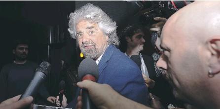 ??  ?? Il leader del Movimento 5 Stelle, Beppe Grillo, ha detto la sua sull'intesa per la legge elettorale saltata alla Camera