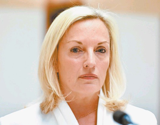 ?? AAP / Mick Tsikas ?? APRIL 17 – 23, 2021 | Nº. 345 Former Australia Post chief executive Christine Holgate at the senate inquiry on Tuesday. $4.50